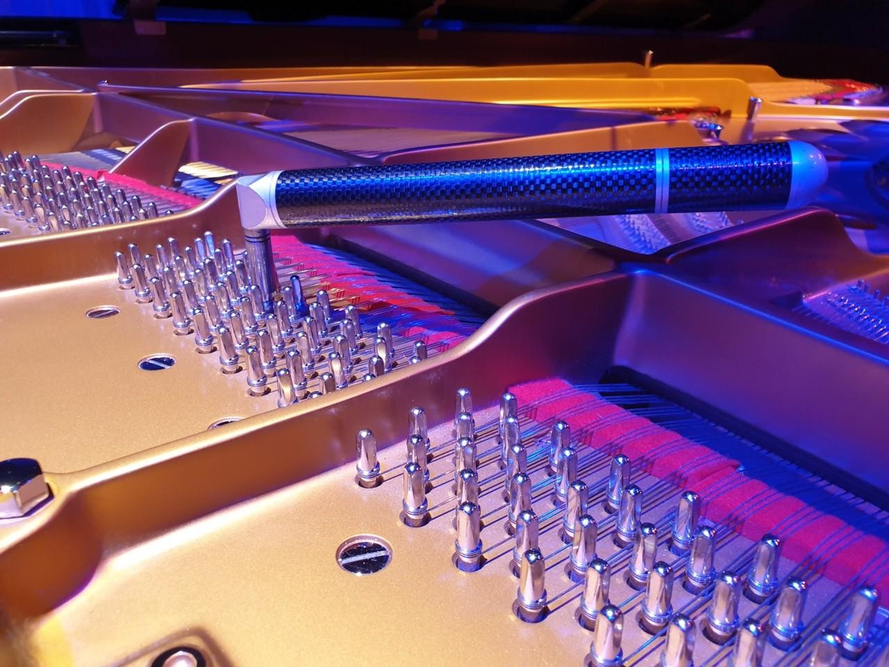 piano tuner nantes